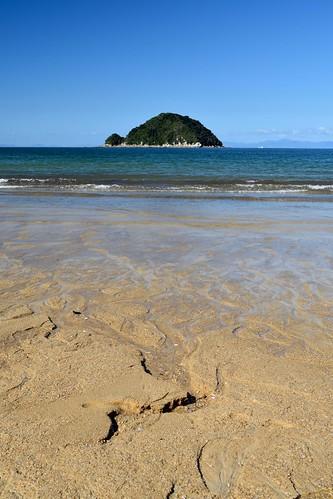 Onetahuti Bay   by ndimmock
