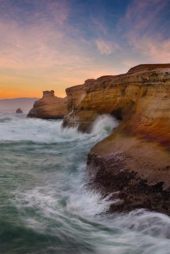 sea cliff seascape water oregon sunrise landscape coast pacific wave shore cape kiwanda