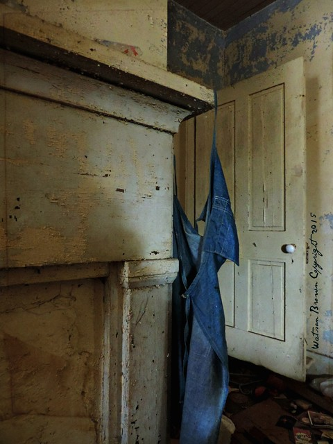 Left Behind:  Inside an Abandoned House, Edgecombe County, North Carolina
