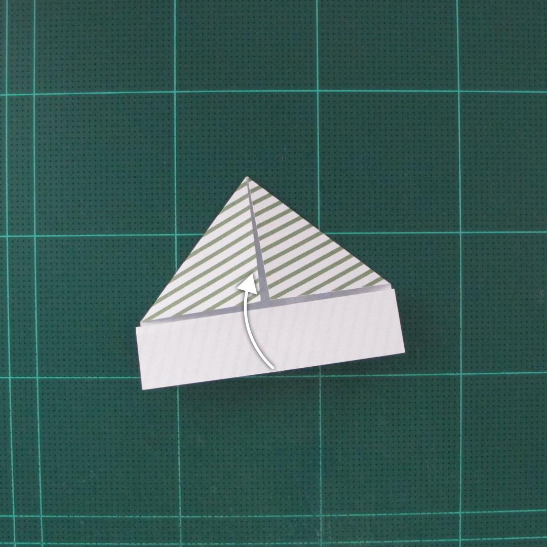 วิธีทำหรีดห้อยหน้าประตูสำหรับวันคริสต์มาส (Christmas wreath origami and papercraft) 010