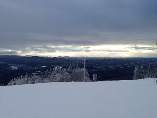 canada ski sunrise quebec peak summit monttremblant 加拿大 日出 滑雪