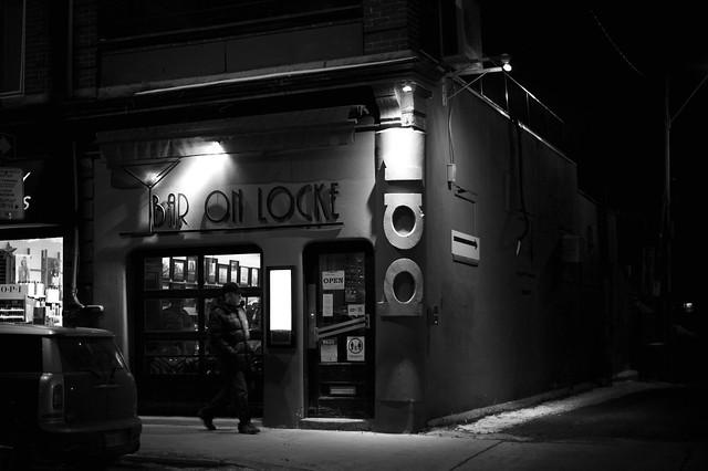 sixteen   bar on locke