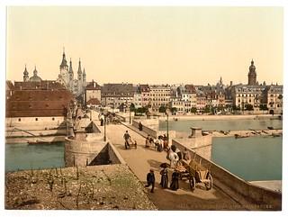 Old Rhine Bridge (i.e. Old Main Bridge) and town, Wurzburg, Bavaria, Germany-LCCN2002696197 | by Fæ