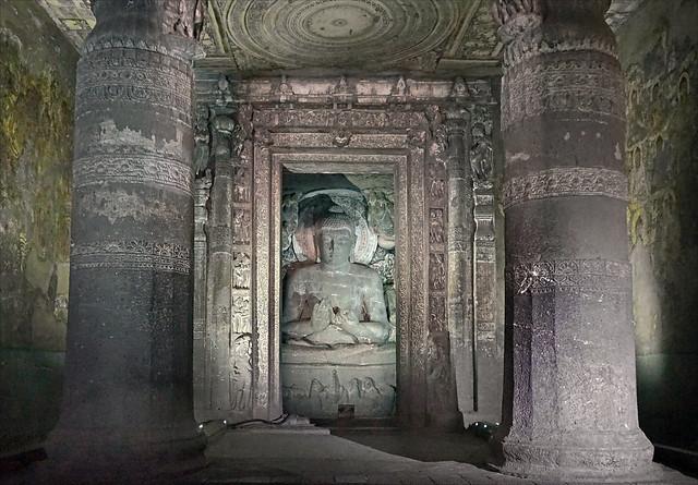 Le sanctuaire du vihara n°1 (Ajanta, Inde)
