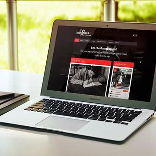 New website launched for artist Criss Cross: www.crisscrossmusic.com  #ResponsiveDesign #hiphop #wordpress #soundcloud #caspianservices   by caspianservices