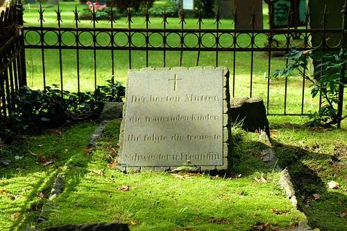 No Name Headstone