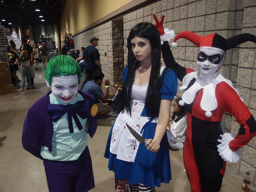 739ee46eb377c1 ... Joker Jr   Harley Quinn Cosplaywith Hitomi Chan as Alice