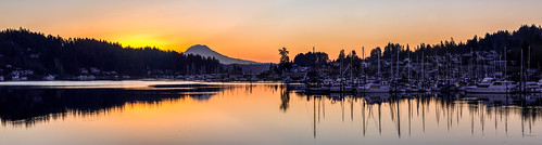 panorama sunrise mtrainier gigharbor