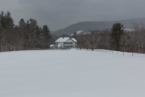 white house snow landscape vermont whitehouse hill scenic woodstock rd cloudland snowhill cloudlandrd