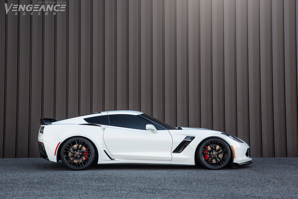 Sinister | Profile shot of Vengeance Racing's C7 Z06 Corvett