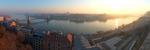 city morning panorama sunrise river dawn hungary cityscape budapest foggy duna danube hdr lánchíd hajnal reggel