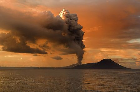 El volcán tavurvur