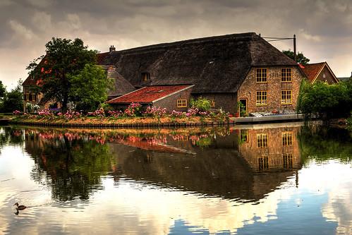 holland reflection water netherlands dutch canon landscape photography eos farm nederland full frame fullframe paysage landschaft rik maassluis landschap 6d ef24105mmf4lisusm karperhoeve tiggelhoven