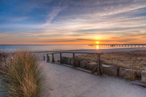 sea beach water strand sunrise coast wasser baltic sonnenaufgang ostsee hdr seabridge küste timmendorfer seebrücke