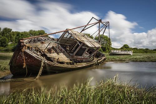 sheldrakes merseyside wreck boat uk canon5ds water reflection leefilters gitzogt3542xls