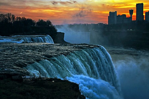 travel sunset ny newyork ontario canada tourism wet water clouds america canon eos rebel niagarafalls waterfall dusk north upstate canadian niagara falls explore dslr touristattraction goldenhour americanfalls iloveny niagarariver ilovenewyork canadianfalls explored garyburke klingon65 t1i canoneosrebelt1i