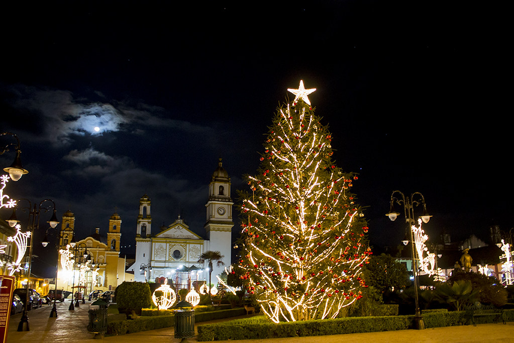 zócalo de Zacapoaxtla en Navidad