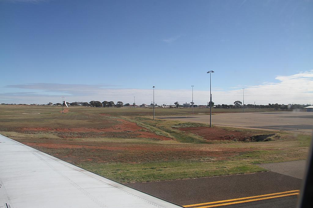Qantaslink717-23S-VH-NXE-41
