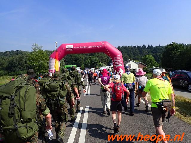 2016-07-21   3e  dag Nijmegen   40 Km  (70)