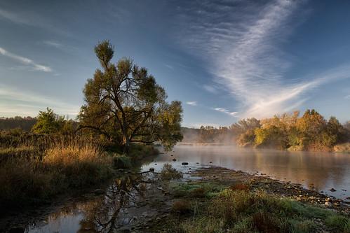 cirrus wilsonflats grandriver tree clouds canada ontario markheine morning elora sunrise field westmontrose ca