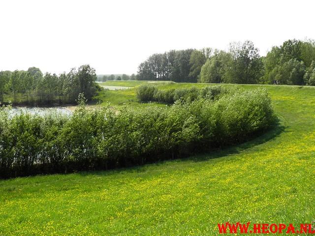 30-04-2011   Boven-Leeuwen  40 Km (50)
