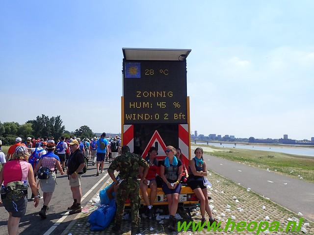 2016-07-19   1e dag Nijmegen    40 Km (116)