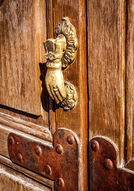Knock, knock,,,