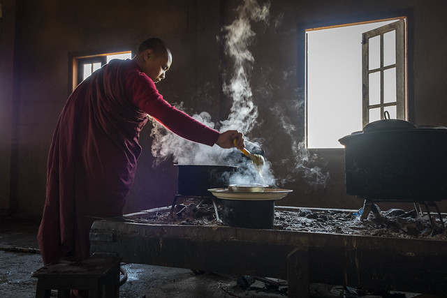 #monk, #InleLake, #Burma #Myanmar LR-8096