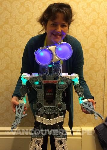 CES 2015 Meccano robot