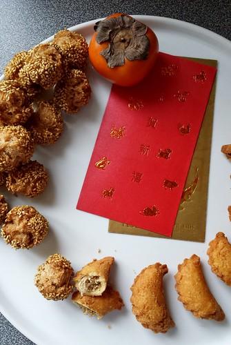 Sesame Fritters 笑口棗 & Crispy Sweet Dumplings 油角   by ComeUndone