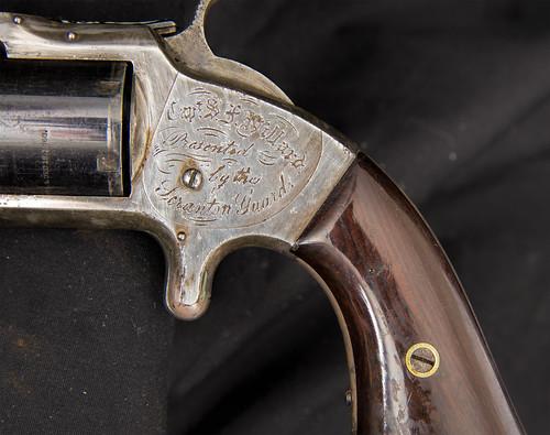 Presentation Revolver