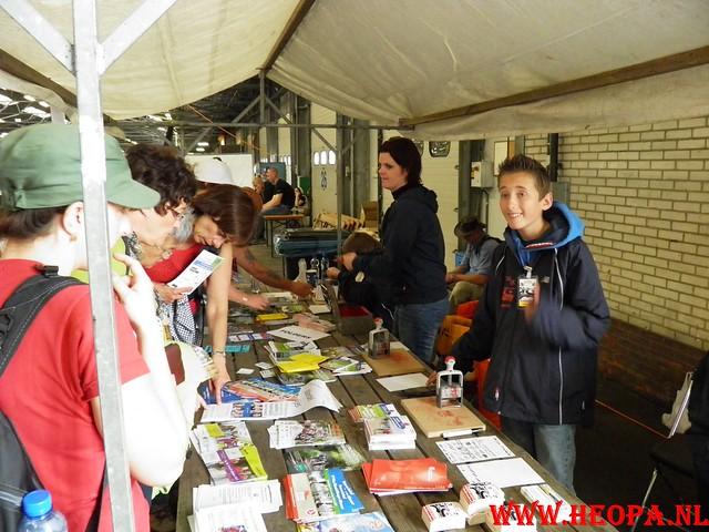 16-04-2011     Rode-Kruis   Bloesem   wandeltocht 26 Km (117)
