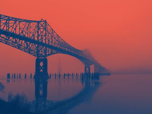 postapocalypse mccullough memorial bridge coosbay coos bay red dawn suspension