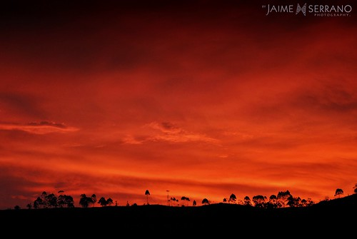 detalle color atardecer ecuador rojo paisaje cielo nubes contraste andes vista tarde horizonte eloro pintoresco rojizo calidez pictórico mirmir lozumbe