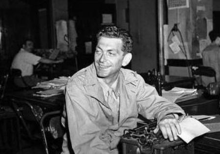 El periodista Edward Kennedy