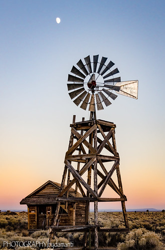 sunset windmill oregon us unitedstates fortrock