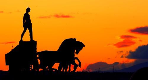 madrid sunset contraluz atardecer silueta sunrises bbva callealcalá cuadriga higiniobasterra