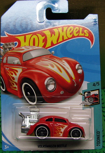 Hot Wheels - 2018 - Volkswagen Beetle (Tooned) Photo