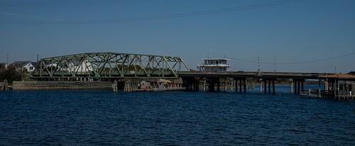 roadtrip unitedstates usa northcarolina surfcity surfcitync soundsidepark intracoastalwaterway topsailislandswingbridge bridge