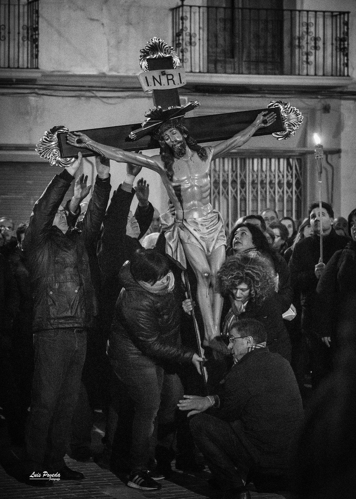 (2018-03-23) - IX Vía Crucis nocturno - Luis Poveda Galiano (11)