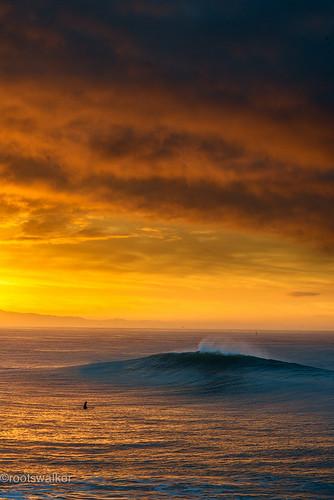 santacruz sunrise waves montereybay surfing westside steamerlane makroplanart2100 nikond800 escaype
