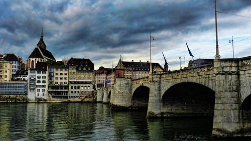 basel basilea puente brucke bridge ponte pont rio river rin rhein suiza suisse schwitzerland switzerland svizzera city ciudad citiescape urbano urban flickr europa europe schweiz 瑞士 швейцария cite stadt cita ciudade urbain 스위스 švica ελβετία zwitserland スイス स्विट्जरलैंड isviçre