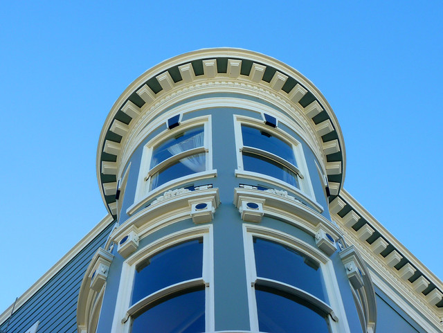 my xmas day tradition is a long long photo-op walk; #15 walking up the 21st street hill, victorian architecture 12-14*