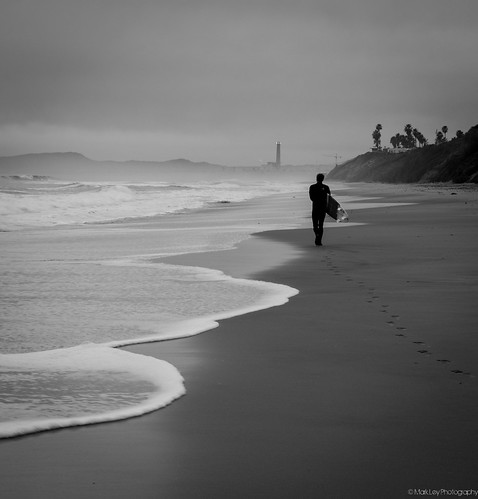 california beach sunrise square unitedstates adventure carlsbad surfphoto surfart markley surfphotography oceanart surfculture carlsbadphotographer copyrightmarkley califroniasurfculture