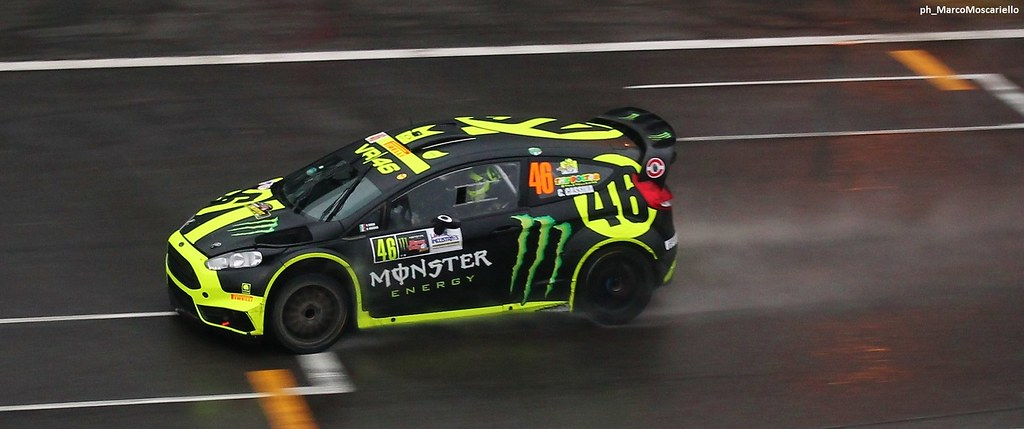 Valentino Rossi at Master Show | Monza Rally Show 30/11 ...