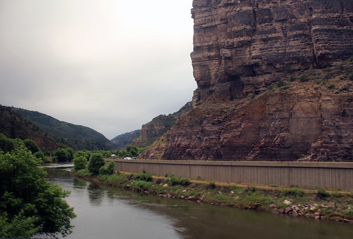 californiazephyr coloradoriver glenwoodcanyon