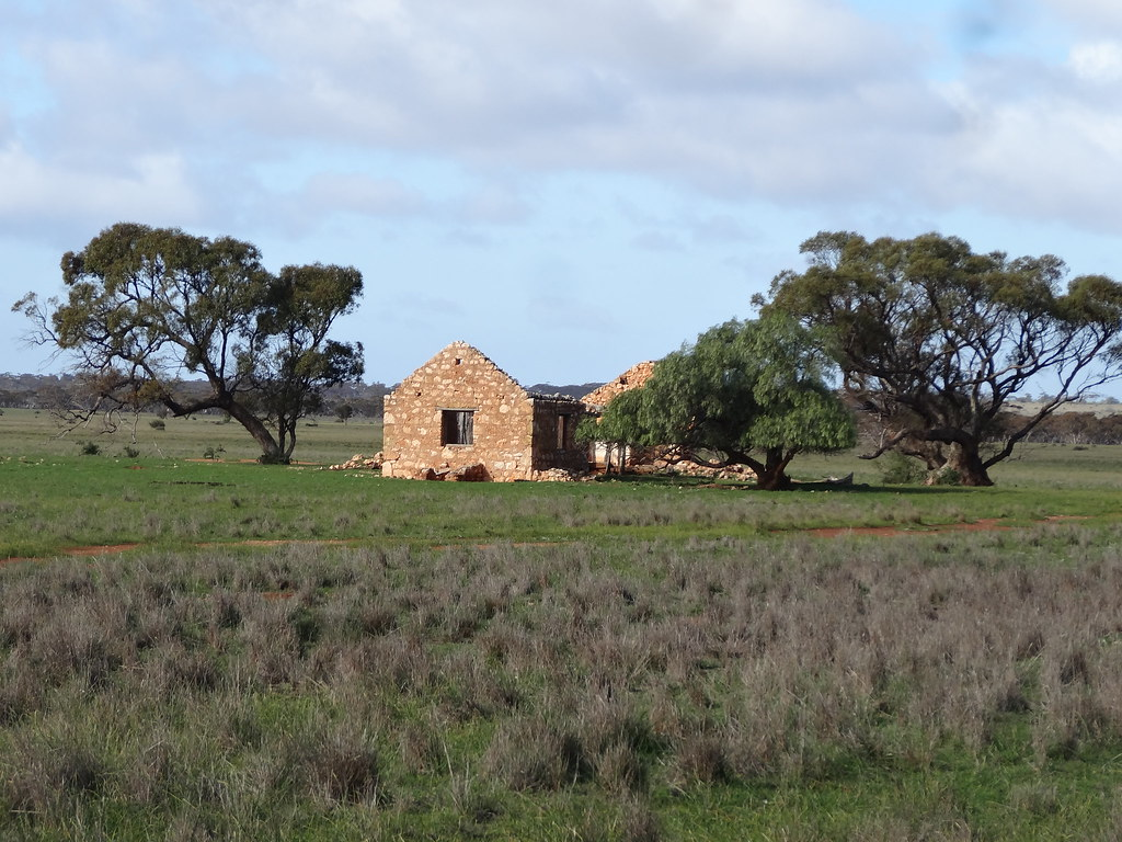 Sandleton. On the Murray Flats. Picturesque stone farm hou…   Flickr