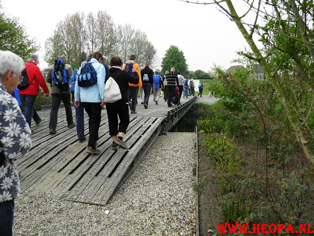 16-04-2011     Rode-Kruis   Bloesem   wandeltocht 26 Km (13)