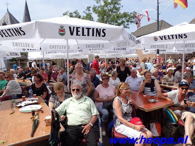 2016-07-22   4e     dag Nijmegen      40 Km   (127)