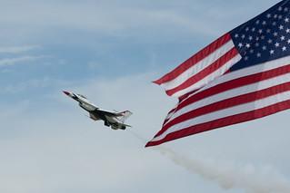 Duluth Airshow - USAF Thunderbirds | by pmarkham